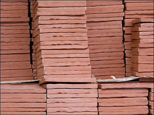 Ceramic tile decoration salernes glazed lava for for Carrelage fabricant