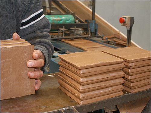 Fabricant terre cuite salernes 83 carrelages de provence for Fabricant de carrelage